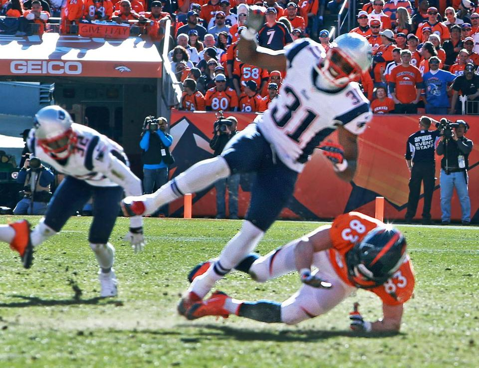 The NFL cleared Wes Welker for this collision with Aqib Talib.